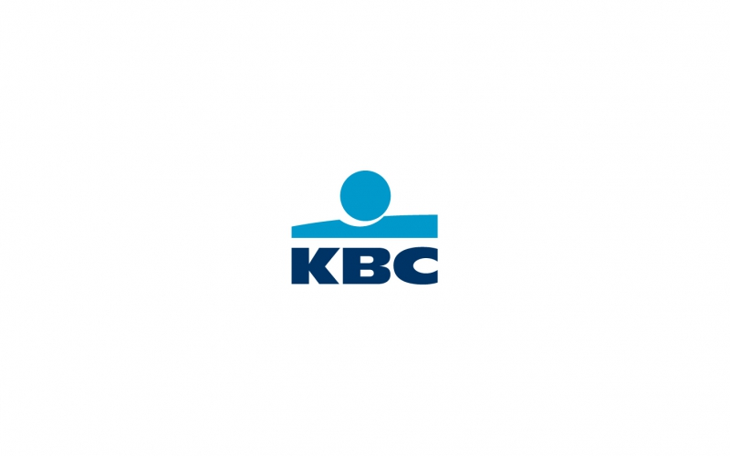 KBC fait un don de 5 ordinateurs portables 05.11.2016